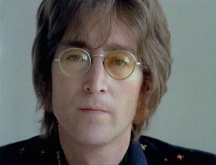 37 χρόνια από τον θάνατο του: 10 τραγούδια του John Lennon με τους Beatles